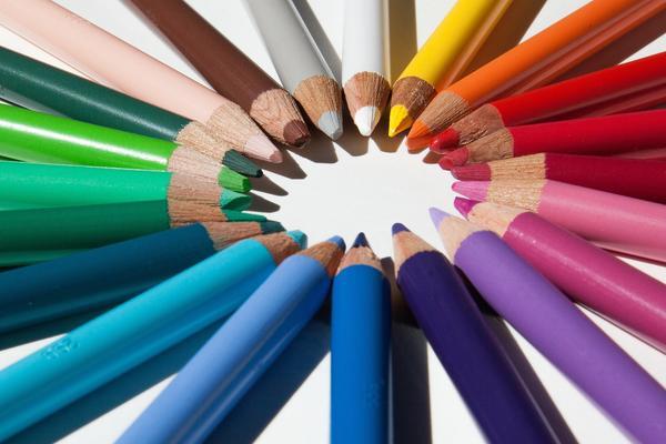 colored pencils 179167